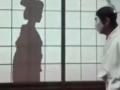 日本搞笑 衣柜里偷看和服女换衣 (62播放)