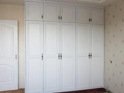 博克曼简约欧式风格衣柜实景图