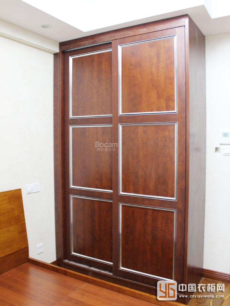 博克曼实木欧式风格衣柜实景图