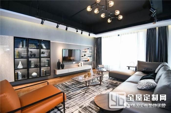 莱茵艾格意式极简风立于时尚的前沿,透着奢华与时尚的米兰设计极简主义