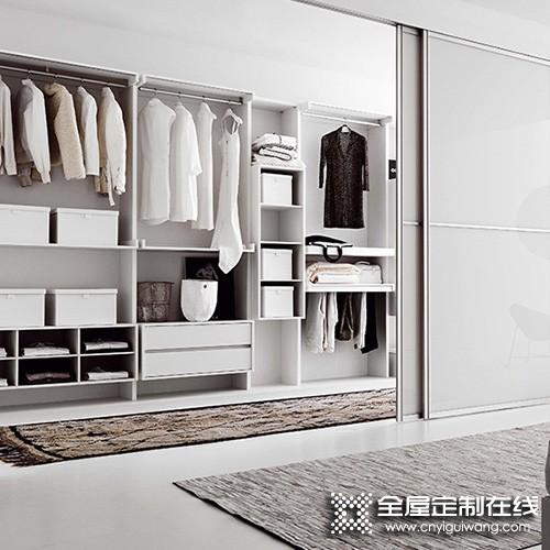 柯瑞尼全屋定制卧室衣柜装修效果图