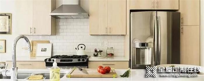 半开放式厨房与餐厅的隔断设计要注意什么?看完这些你就明白了!