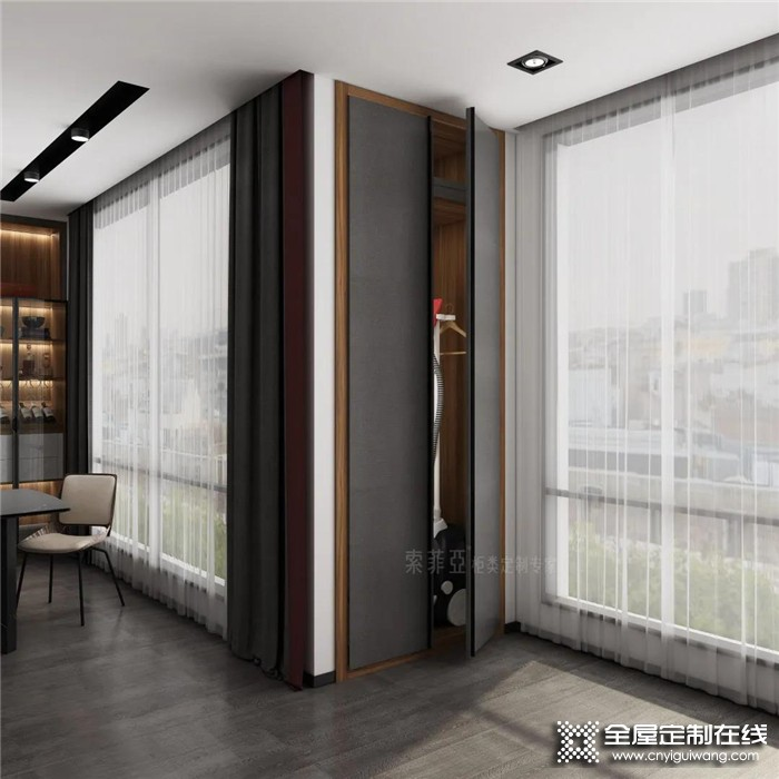 索菲亚全屋案例:107㎡现代轻奢风,胡桃木配超高门,阳台并入客厅,高级感炸裂!