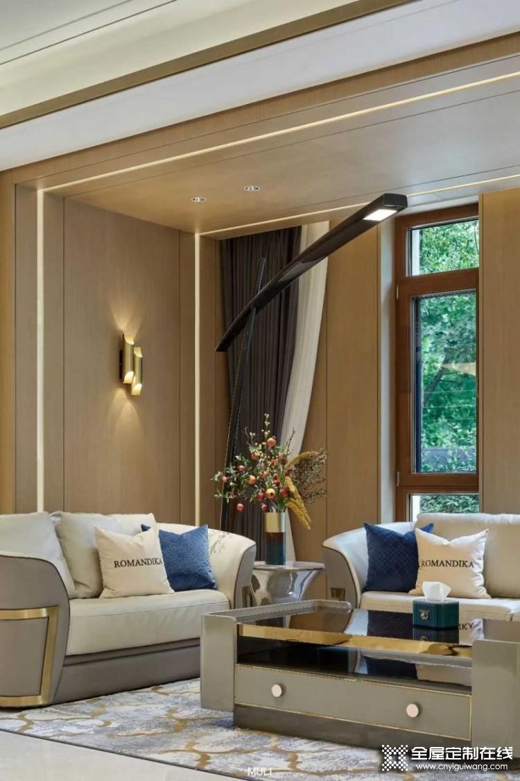 木里木外轻奢风格家装效果图,一家独享900㎡静谧之境
